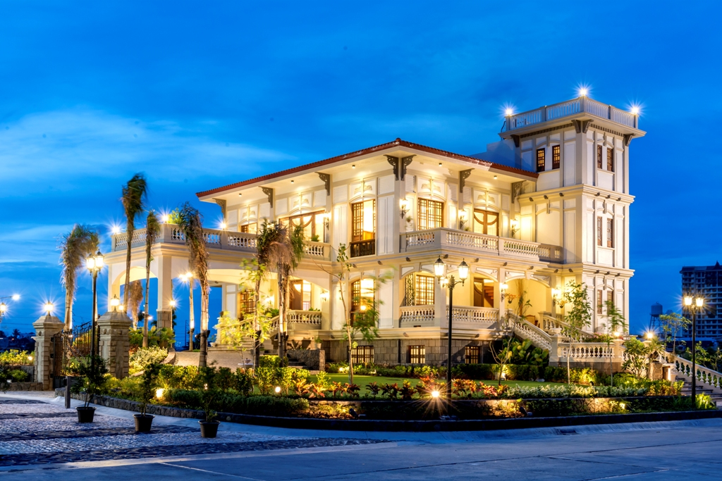 Casa real event place in taguig by dmci homes leasing for Casa actual