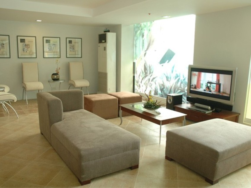 indoor entertainment room