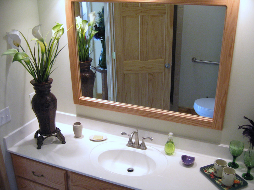 budget decor green bathroom