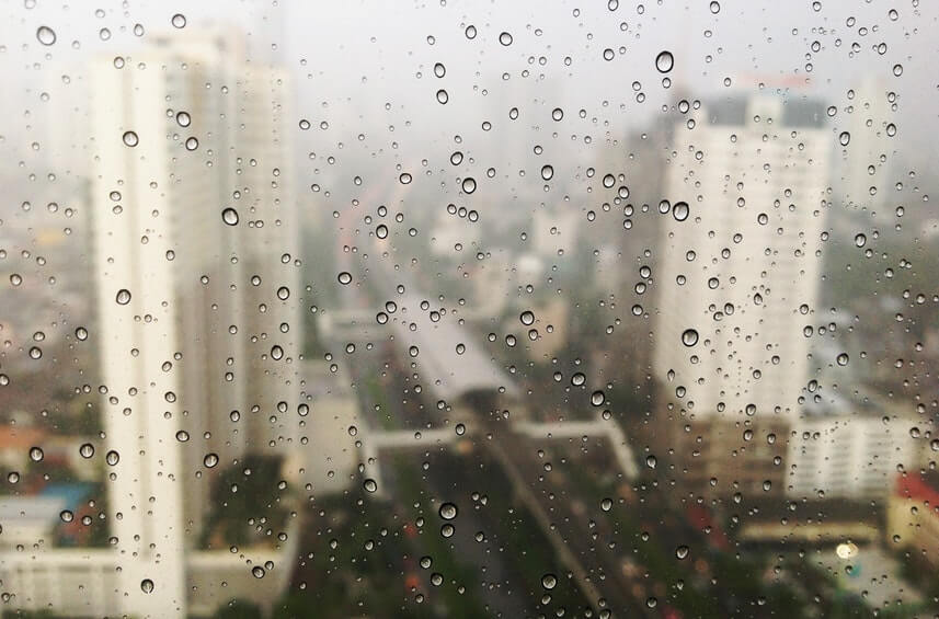 Rainy Day Ensure Waterproof and Leak-free Windows (1)