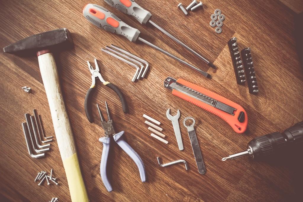renovating tools