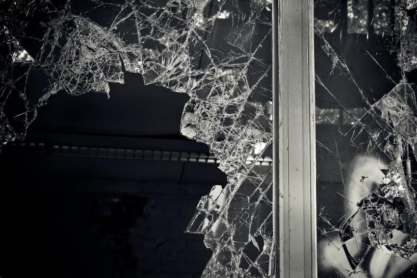 renters new year's resolution repair or replace broken items