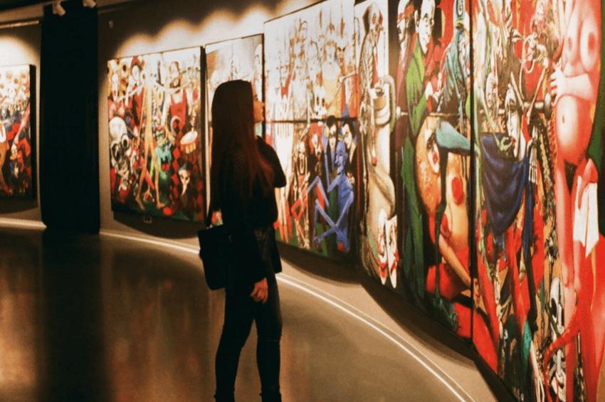 valentine's tandem date museum tour