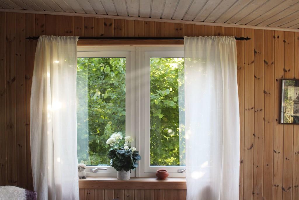 vacate window area